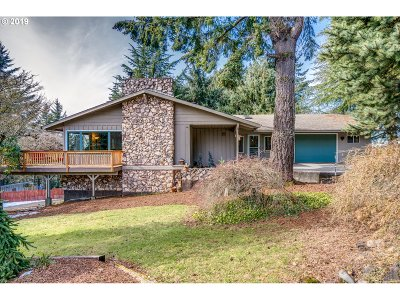 Single Family Home For Sale: 10115 SE Tower Dr