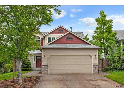 Aloha Single Family Home For Sale: 4252 SW Plumeria Way