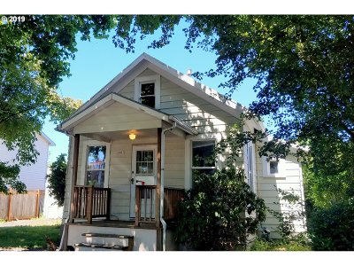 Single Family Home For Sale: 2413 N Emerson St