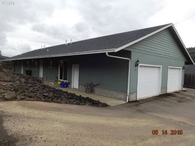 Roseburg OR Multi Family Home For Sale: $265,000