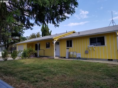 Green Single Family Home For Sale: 2050 Del Mar Dr