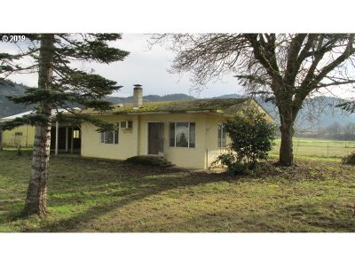 Canyonville Single Family Home For Sale: 7187 Tiller Trail Hwy
