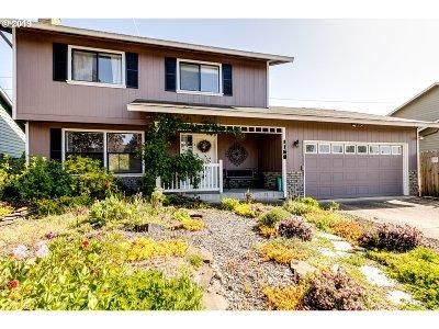 Santa Clara Single Family Home For Sale: 1168 Risden Pl