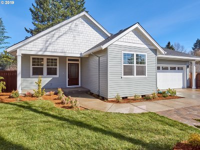 Canby Single Family Home For Sale: 1305 N Maple St