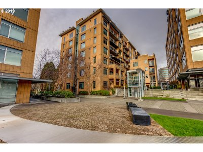 Vancouver Condo/Townhouse For Sale: 701 Columbia St #212