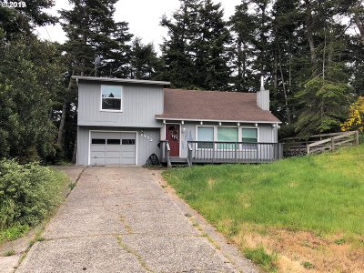 North Bend Single Family Home For Sale: 1945 Oak