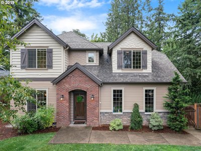 Tigard Single Family Home For Sale: 7208 SW Taylors Ferry Rd
