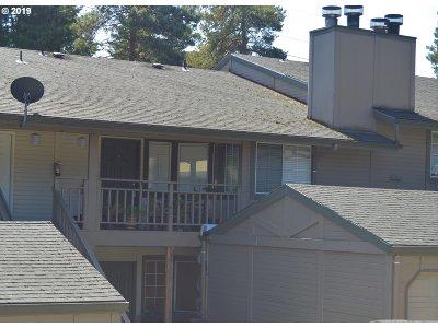 Vancouver Condo/Townhouse For Sale: 6208 NE 17th Ave #76