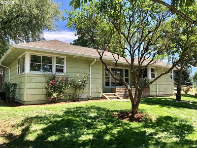 Molalla Single Family Home For Sale: 101 Shirley St
