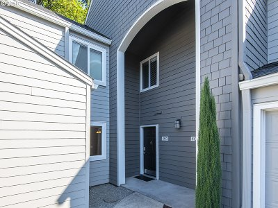 Lake Oswego OR Condo/Townhouse For Sale: $279,000