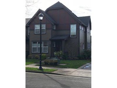 Hillsboro Single Family Home For Sale: 735 NE 73rd Ave