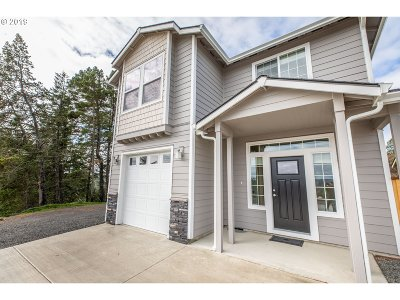 North Bend Single Family Home For Sale: 2180 Pine St