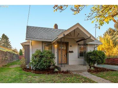 Portland Single Family Home For Sale: 6315 NE 35th Pl
