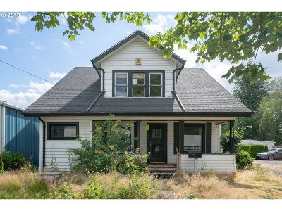 Salem Single Family Home For Sale: 1922 Commercial St
