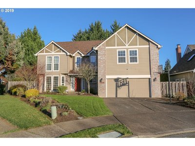 Tualatin Single Family Home For Sale: 10515 SW Bannoch Ct