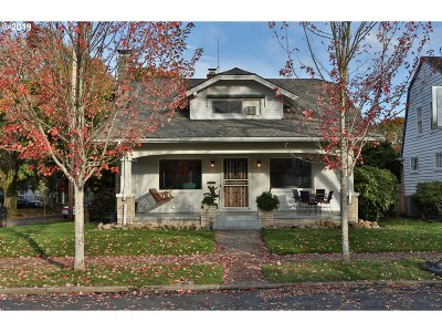 Multnomah County Single Family Home For Sale: 6004 SE 19th Ave