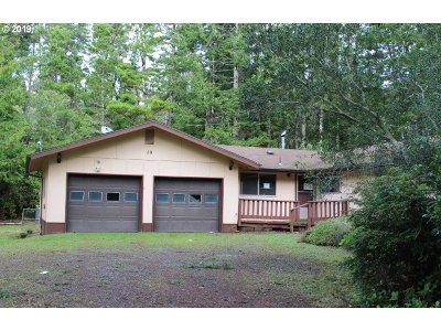 Bandon Single Family Home For Sale: 58659 Jackie Rd