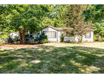 Single Family Home For Sale: 92745 Paschelke Rd