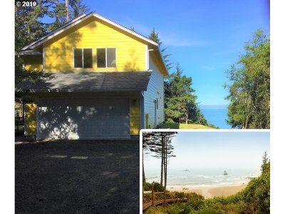 Gold Beach Single Family Home For Sale: 94270 Agate Way
