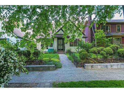 Single Family Home For Sale: 1853 SE Elliott Ave