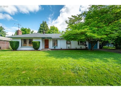 Woodburn Single Family Home Sold: 871 Young St