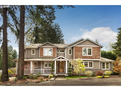 Lake Oswego Single Family Home For Sale: 893 10th St