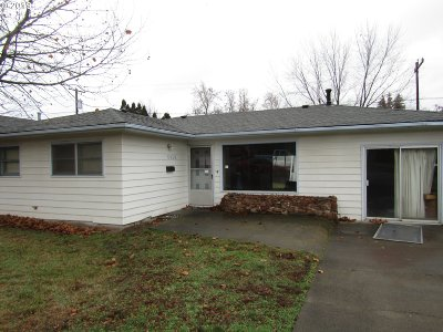 Pendleton Single Family Home For Sale: 2418 SW Olson Ave