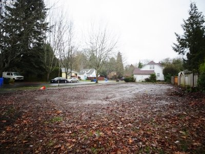 Clackamas County, Columbia County, Jefferson County, Linn County, Marion County, Multnomah County, Polk County, Washington County, Yamhill County Residential Lots & Land For Sale: 990 17th St NE