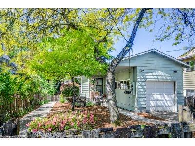 Clackamas County, Multnomah County, Washington County Multi Family Home For Sale: 47 SE 61st Ave