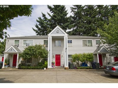 Eugene Multi Family Home For Sale: 151 Green Ln