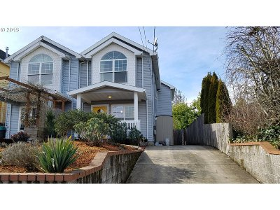 Portland Single Family Home For Sale: 6113 NE 8th Ave
