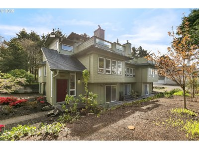 Cannon Beach Condo/Townhouse For Sale: 3523 S Hemlock St #3