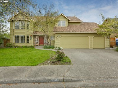 Single Family Home For Sale: 5605 NW Peregrine Pl
