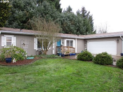Canby Single Family Home For Sale: 1655 S Elm St #4