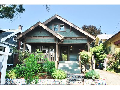 Single Family Home For Sale: 4827 SE Harrison St