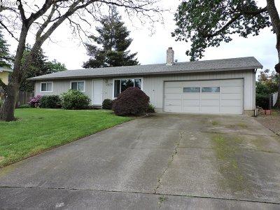 Hillsboro Single Family Home For Sale: 2476 SE 55th Ave