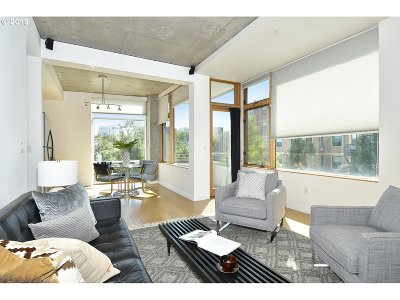 Portland Condo/Townhouse For Sale: 1234 SW 18th Ave #305