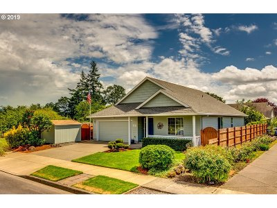Newberg, Dundee, Lafayette Single Family Home For Sale: 1212 Alexandra Dr