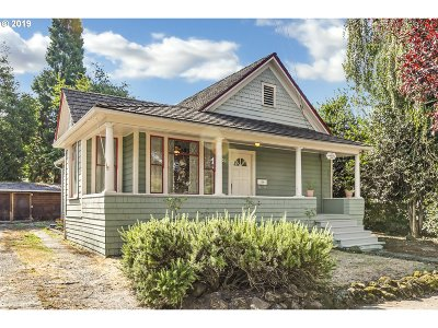 Oregon City Single Family Home For Sale: 806 Washington St