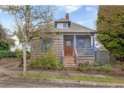 Single Family Home For Sale: 1943 SE Clatsop St
