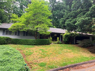 Portland Single Family Home For Sale: 11295 SW Muirwood Dr