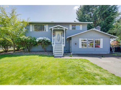 Canby Single Family Home For Sale: 815 NE 16th Ave