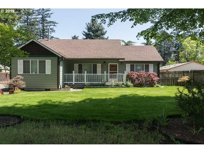 Multnomah County Single Family Home For Sale: 1002 SE 174th Ave