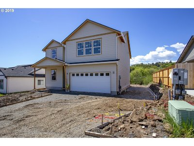 McMinnville Single Family Home For Sale: 135 NW Canyon Creek Dr