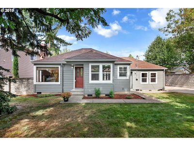 Tigard Single Family Home For Sale: 8135 SW Pine St