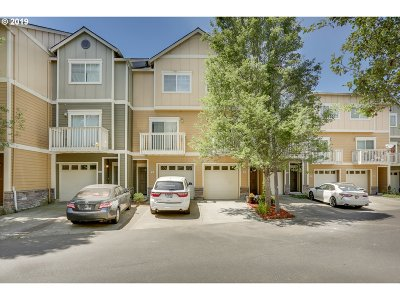 Beaverton Condo/Townhouse For Sale: 18465 SW Stepping Stone Dr
