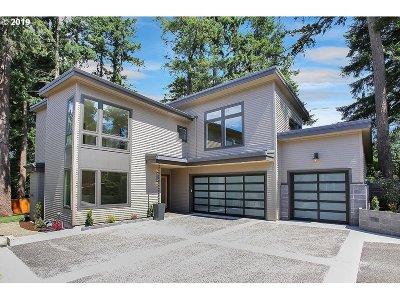 Lake Oswego Single Family Home For Sale: 17171 Cedar Rd