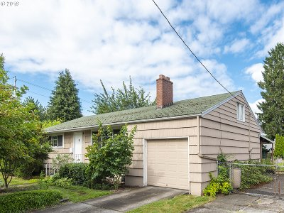 Portland Single Family Home For Sale: 411 SE 55th Ave