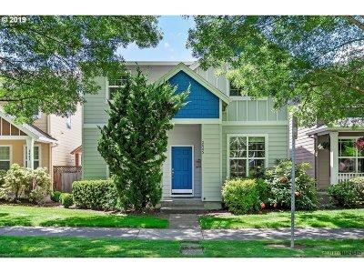 Hillsboro Single Family Home For Sale: 3645 SE Alexander St