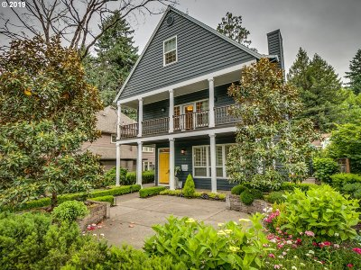 Lake Oswego Single Family Home For Sale: 772 8th St